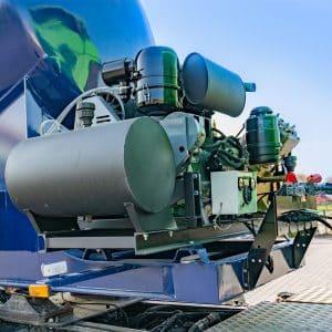 4-Cylinder-Compressor---Cement-Bulker-Trailer