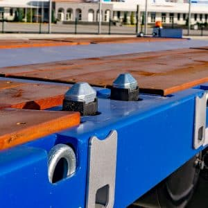 6-Axle-Lowbed-Twist-Container-Locks-for-20ft-40-ft-45-ft