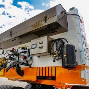 Hydraulic-Steering-Lowbed-Remote-Control-STU TRAILERS